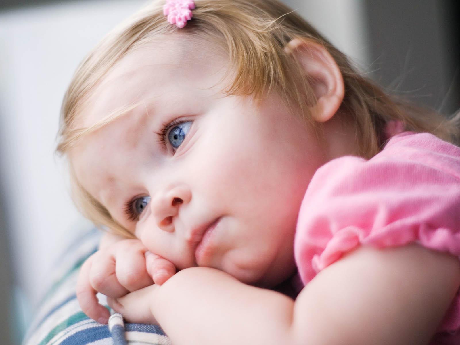wallpapers: Innocent Babies Wallpapers