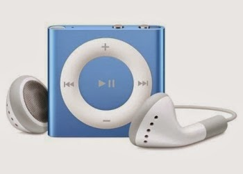 Director Jewels: Apple 2GB Blue iPod Shuffle {Giveaway}