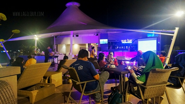 Vue Bar Rooftop Kitchen & Lounge Satoria Hotel Jogja