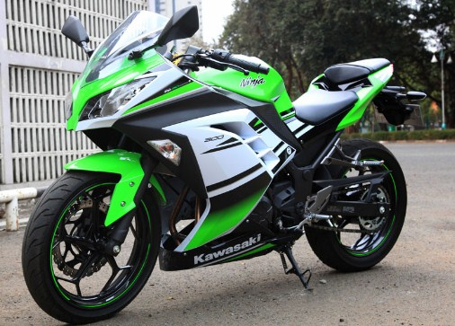 ide modifikasi ninja 250 fi warna hijau