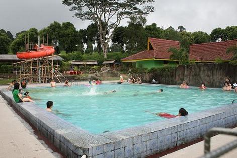 Wisata pemandian air panas cimanggu