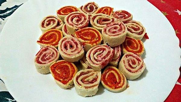 Mini espirales de pan de molde
