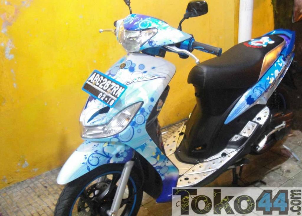 Modifikasi Stiker Motor MIO  Oto Trendz