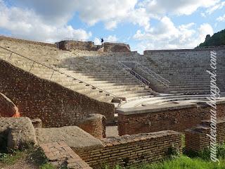 teatro ostia antiga guia brasileira roma - Ostia Antiga