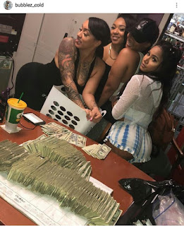 Stripper shows off money she earned in just one night!