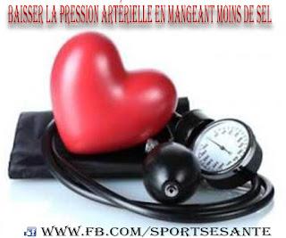 Baisser la pression artérielle en mangeant moins de sel