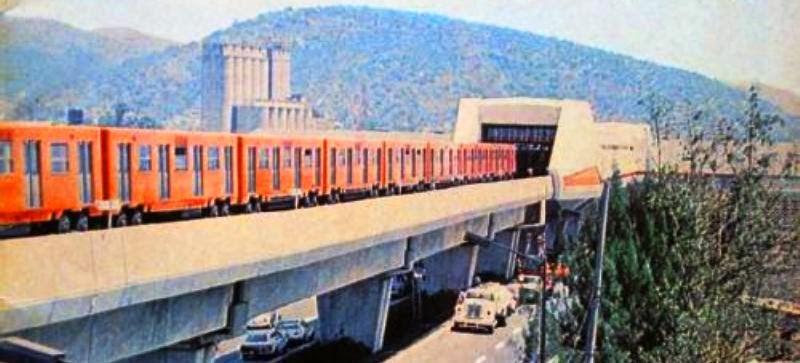 Transportes Aguilas De Naucalpan S A De C V 45 Anos Del Stc Metro