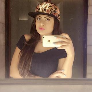 Azmeri Asha Hot and Sexy