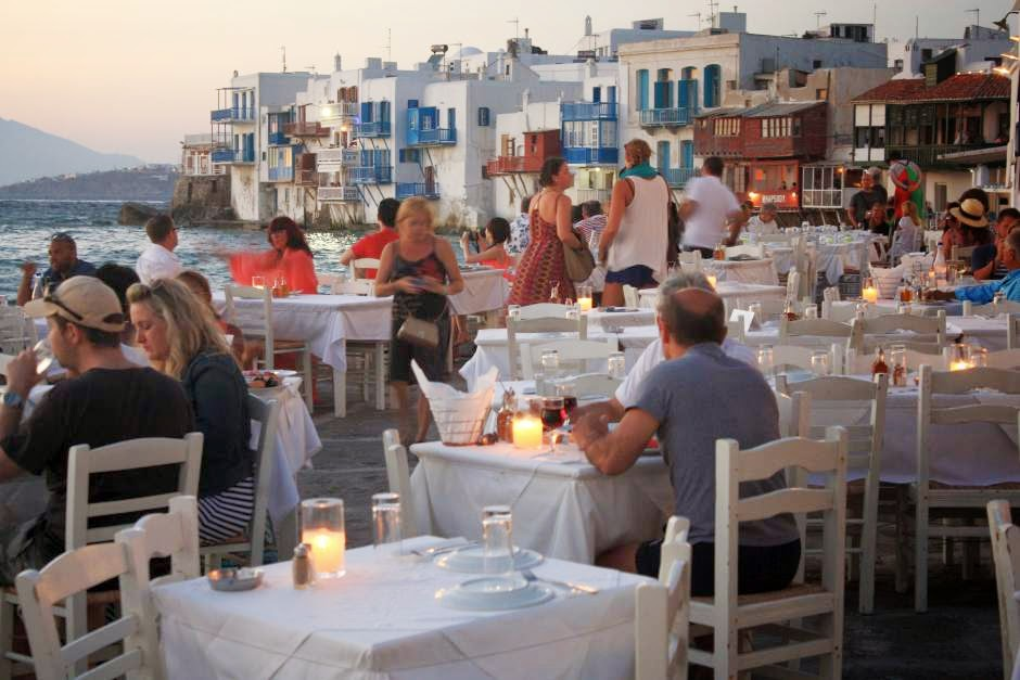 Restaurant in Little Venice in Mykonos