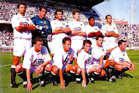 VALENCIA C. F. - Valencia, España - Temporada 1994-95 - Giner, Zubizarreta, Camarasa, Romero, Mazinho y Fernando; Mijatovic, Arroyo, Juan Carlos, Salenko y Otero - R. C. D. ESPAÑOL 5 (Lardín 2, Francisco 2 y Roberto Fresnedoso), VALENCIA C. F. 0 - 03/06/1995 - Liga de 1ª División, jornada 36 - Barcelona, estadio de Sarriá - 10º clasificado en la Liga, con Parreira de entrenador, sustituido por Rielo después de este partido