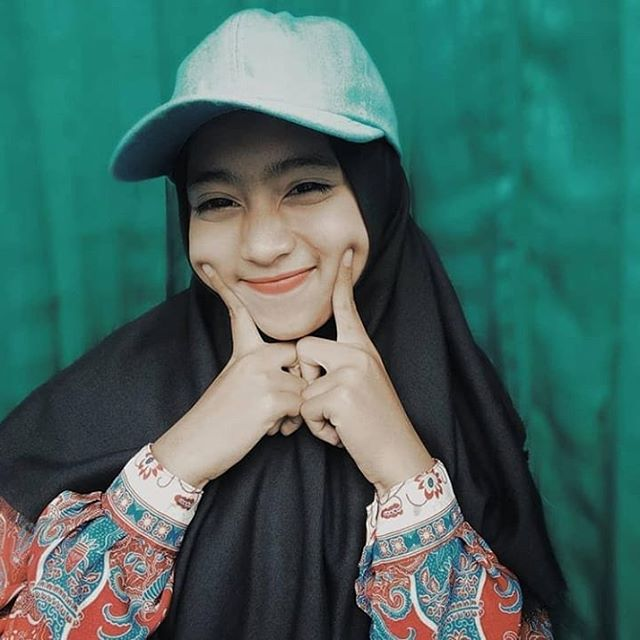 Download 520 Wallpaper Hijab Cantik Hd Hd Paling Keren Wallpaper Keren