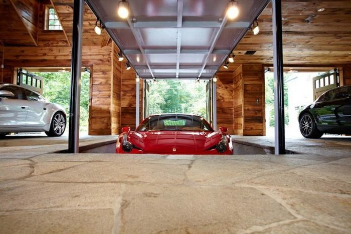 The Most Amazing Garage Ever Damn Cool Pictures