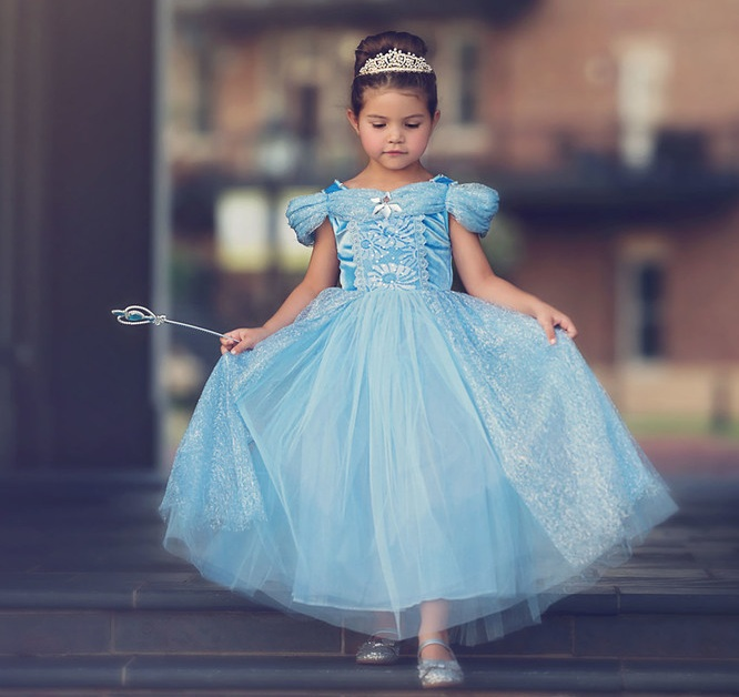 1467a402af9b Dress Up Your Baby Girl With the Graceful Wedding Dresses ...