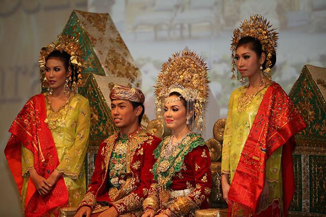 Tradisi Bajapuik di Pariaman Sumatera Barat