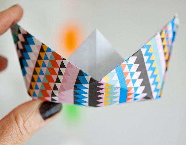 DIY Origami Twisty Rose from www.origami-instructions.com (With ... | 472x604