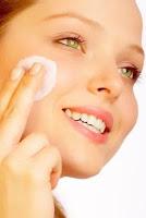 se puede blanquear la piel sin riesgos. blanquear la piel naturalmente. como aclarar mi piel.