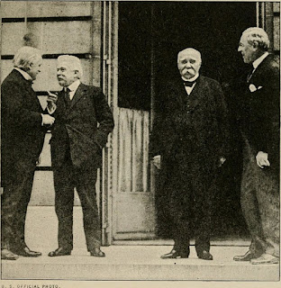 Orlando, second left, with Lloyd George, Clemenceau, and Woodrow Wilson at the Paris peace talks