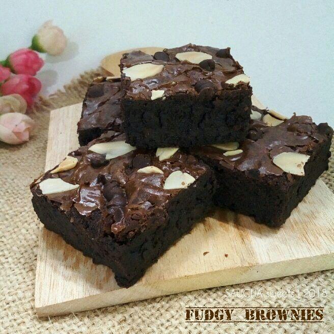 Fudgy Cocoa Brownies Dapur Saucha