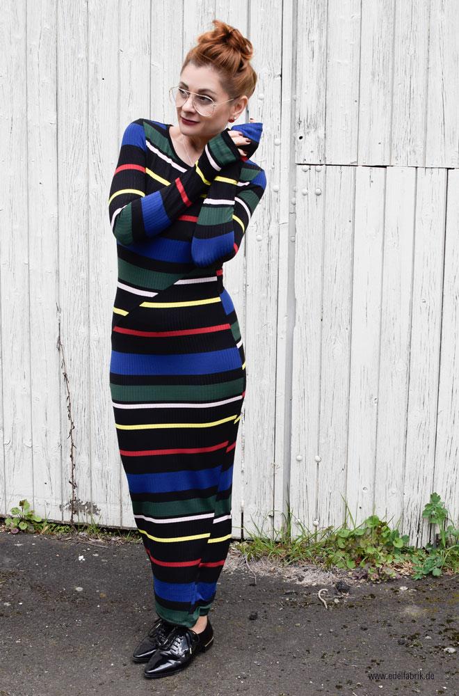 Schlauchkleid mit Streifen, buntes, langes Kleid