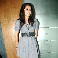 Actress tapsee latest phots