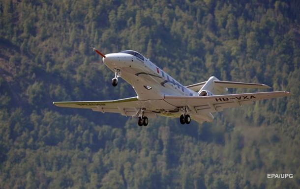 В Індонезії зник пасажирський літак