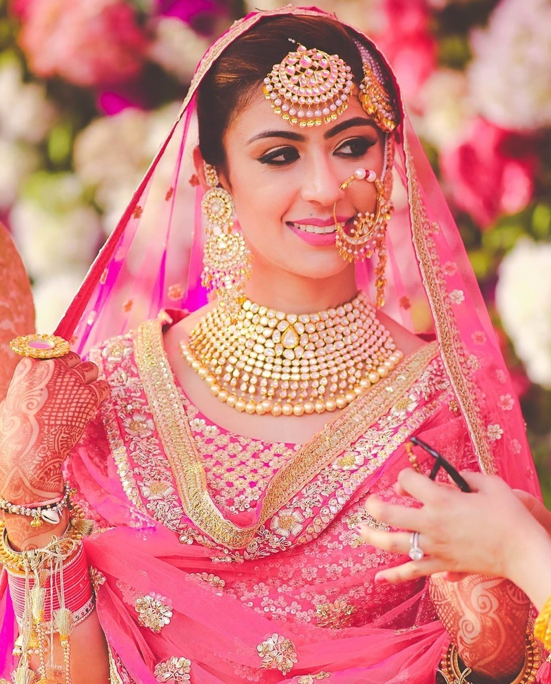 Bride,Indian tradition,LEHENGA,Bridal lehenga,golden lehenga,bridal jewellery,designer lehenga,blue lehenga,pink lehenga,double duppatta,off the beat lehenga,orange lehenga,summer bride,winter bride ,peach top,fitted jeans,pastel colours,classy and simple outfits,designer lehenga,local shop lehenga,sabyasachi lehenga,designer lehenga,manish malhotra lehenga,show stopper brides,show stopper lehenga,punjabi bride,cool bride