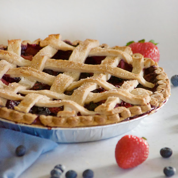 Lattice Berry Pie