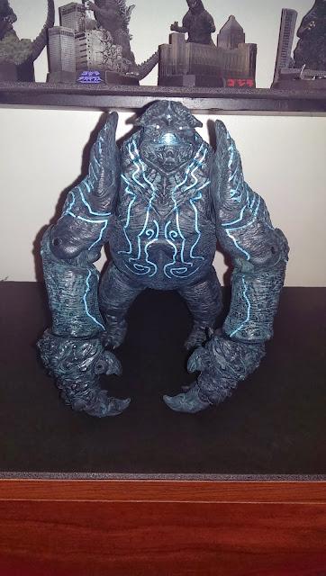 Kaiju Battle: Figure Review Pacific Rim's Leatherback