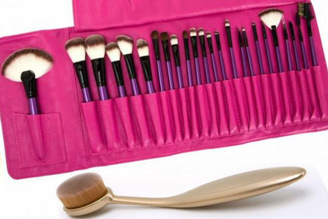 Makeup brush sets and synthetic makeup brushes, by barbies beauty bits