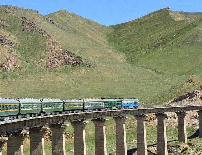 Xvlor Trans-Siberian Railway is the greatest train journey on Earth