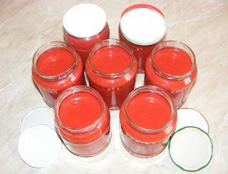 suc de rosii, suc de rosii pentru iarna, suc de rosii natural, conserve, bauturi, retete, retete cu rosii, preparate din rosii, bucataria romaneasca, rosii pentru iarna, rosii la blender,