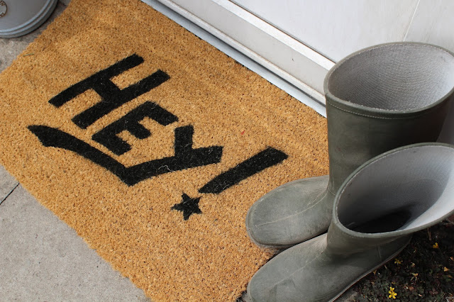 DIY Spray Painted Doormat