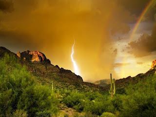 Supertitions Mountains, Arizona