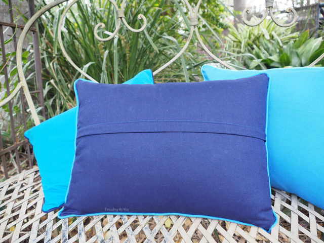 How To Make A Throw Pillow With Piping And Zipper : Threading My Way: Piped Cushion Covers ~ easier than you think
