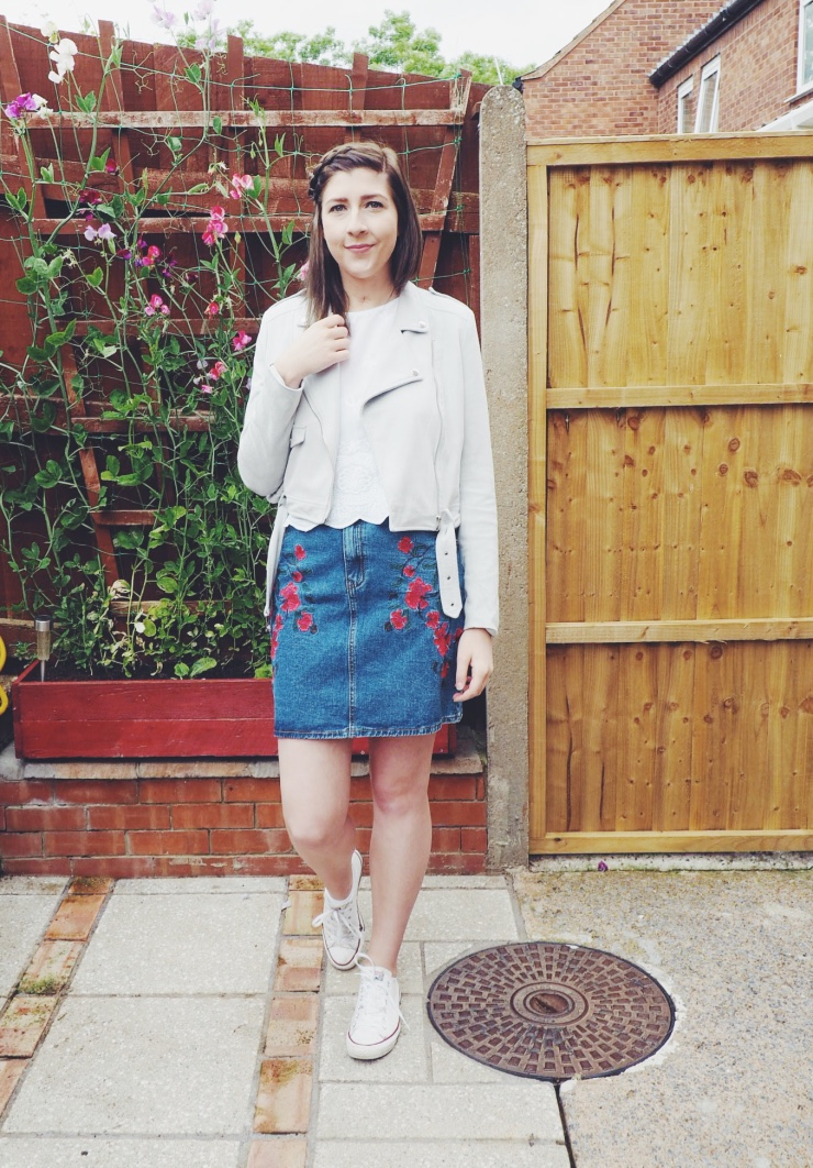 fbloggers, fashionbloggers, fashionpost, wiw, whatimwearing, asseenonme, glamorousembroideredskirt, missguidedjacket, zazulagreyjacket, primarklacetop, conversetrainers, ootd, outfitoftheday, lotd, lookofhteday