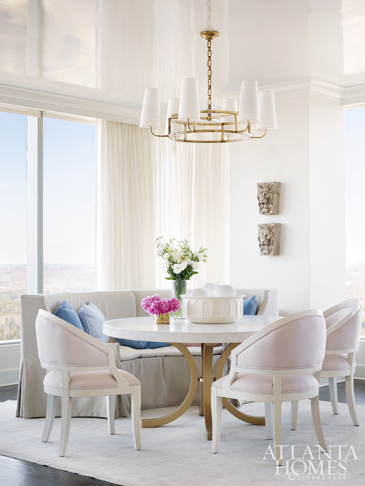 cozy-dining-area-melanie-turner-interiors