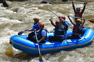 081 255 225 56 | Outbound Rafting Magelang, Sungai Elo dan Progo