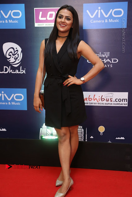 Actress Shraddha Srinath Stills in Black Short Dress at SIIMA Short Film Awards 2017  0007