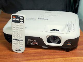 Proyektor Bekas - Epson EB-S100