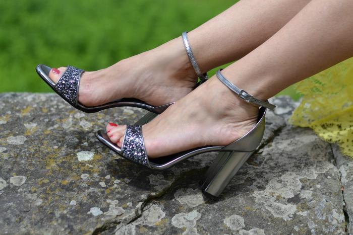 sandali grigio glitter