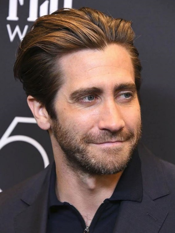 jake gyllenhaal golden globes 2017 - photo #33