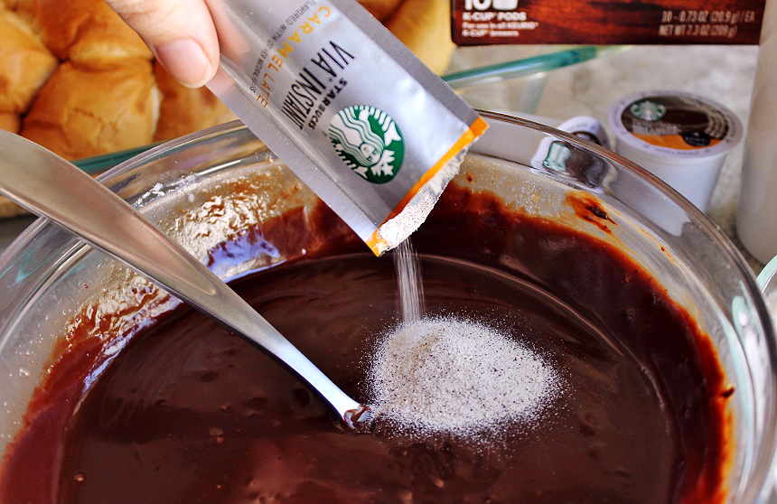 Add Starbucks Instant VIA to your homemade chocolate ganache for instant flavor! #IC (ad)