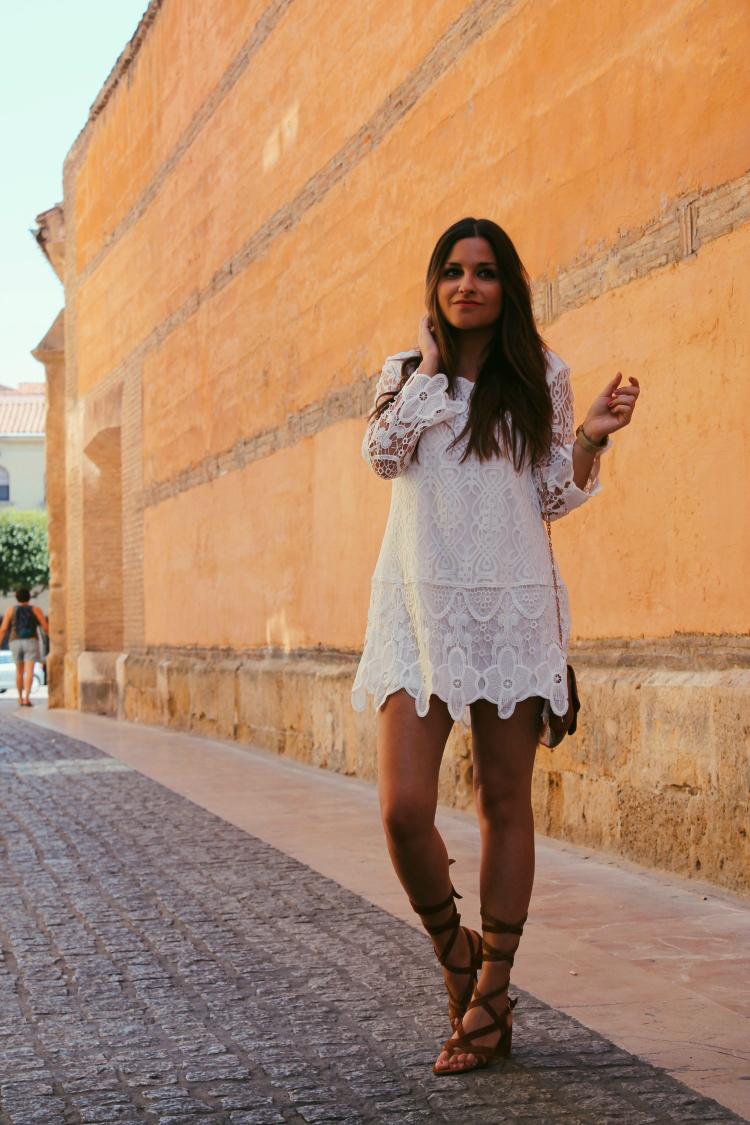 outfit vestido blanco verano