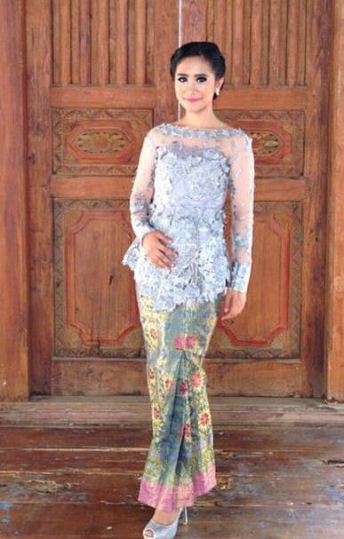 20 Contoh Kebaya Modern Kombinasi Batik 2018