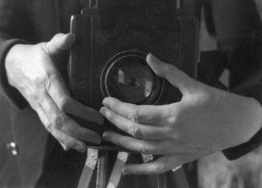 Αποτέλεσμα εικόνας για coffee and cigarettes camera