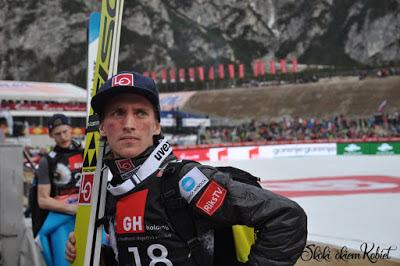 Anders Fannemel wygrywa, a Kamil Stoch na podium PŚ