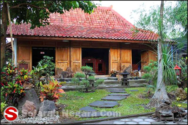 Gambar Rumah adat Kampung Jawa Timur