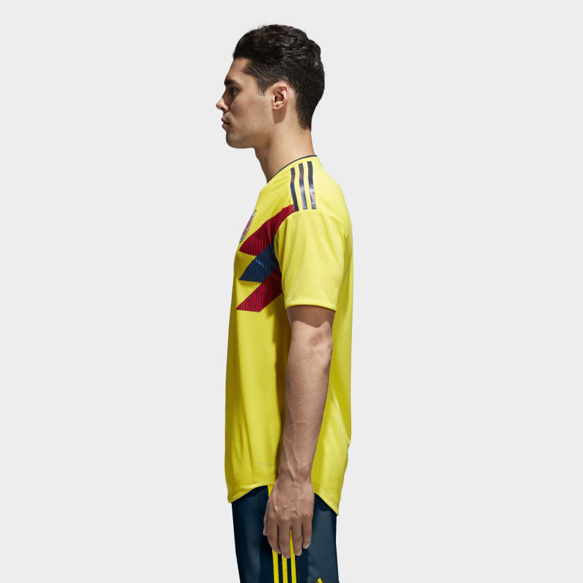 Kits Jersey Home Kandang Kolombia Piala Dunia 2018