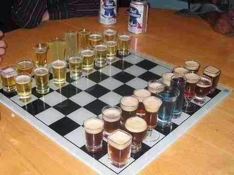 Bentuk set catur terunik