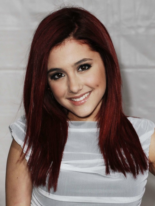 Ariana grande red hair Yes, really